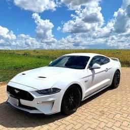 Mustang 5.0 GT Premium Apenas 10.800 km Placa I - Camaro Evoque 320i C180 Bmw Audi Amg - 2018