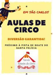 Aulas de Circo - Escola Estação do Circo