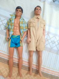 Boneco Ken bem conservado