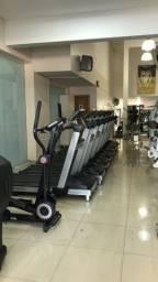 Academia de musculação completa