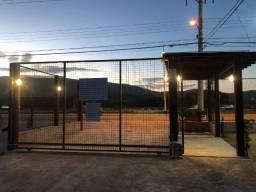 Aluguel anual apto mobiliado de 1 quarto (p/ 1 pessoa) - Lagoa da Conceição/Fpolis