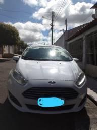 Vendo carro New Fiesta 2014 completo