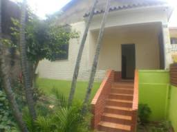 Linda Casa de 2 quartos em Nilópolis