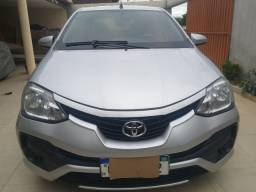 Vendo Toyota etios SX 1.5 completo 2018