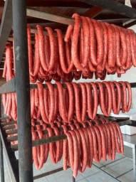 Fabrica de Linguiça artesanal estufadas no carvão