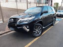 Toyota Hilux SW4 2.8 SRX Turbo Diesel Unico Dono top 22mil KM 7Pasageiros