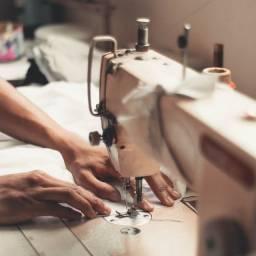 Título do anúncio: Costureira - experiência em máquinas industriais