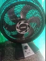 Título do anúncio: 2 ventilador Arno bom