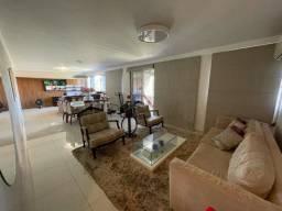 Apartamento Setor Oeste, 04 quartos, 234 metros rico em armários