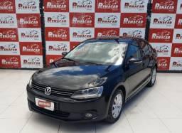 Título do anúncio: Volkswagen Jetta Comfortline 2014 2.0 Automático Raridade Ipva 2021 Pago Baixo Km