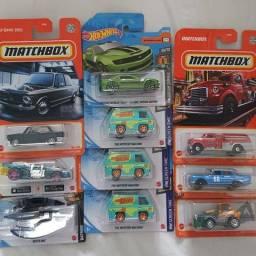 Título do anúncio: Lote raridades miniaturas Hot Wheels e Matchbox