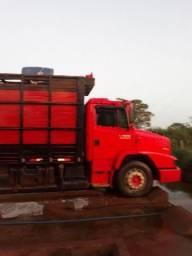 Caminhão 1620 boiadeiro 2011 - 2011