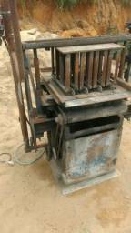 Betoneira e máquina de fazer blocos