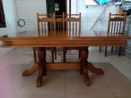 Vendo mesa de madeira