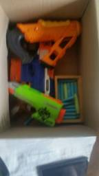 Vendo nerf (armas de brinquedo)