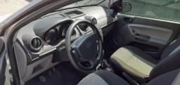 Ford Fiesta Hacth 1.0 2010 - 2010