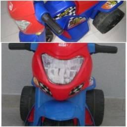 Moto Elétrica Infantil Bandeirantes