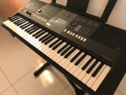 Teclado Yamaha E 423 + mesa suporte