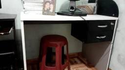 Mesa de computador o pra escritório