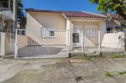 Casa com 02 dormitórios no Bairro Nova Cachoeirinha