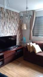 Apartamento com 2 dormitórios à venda, 73 m² por R$ 450.000
