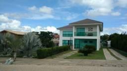 Casa com 5 quartos, piscina, espaço gourmet e campo, terreno com mil metros Ref.M002