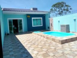 Casa praia com piscina aluga!