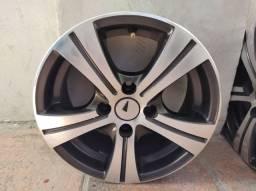 "Jogo de rodas aro 14x5,5"" Shock diamantadas modelo Fan/R80."