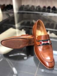 Sapatos social da Hugo Boss e da Gucci