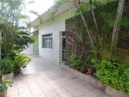 Casa à venda com 3 dormitórios cod:782527