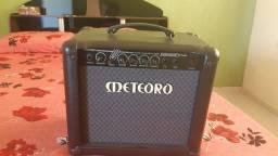 Título do anúncio: Caixa amplificadora Meteoro nitrous drive 30W,semi nova