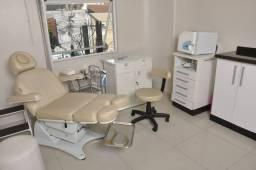Vendo clínica Podologia, Esmalteria e Estética