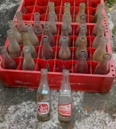 Título do anúncio: garrafa vidro 200ml antiga
