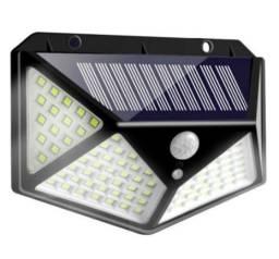 Título do anúncio: Super Luminária Solar 4 Placas de 100 Leds com 3 Modos de Operação de Parede