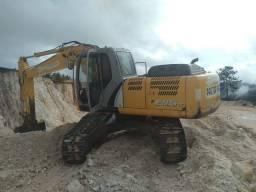 Vendo escavadeira hidráulica New Holland E215B lc