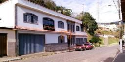 Título do anúncio: Casa com 3 dormitórios à venda, 124 m² por R$ 460.000,00 - Centro - Piranguçu/MG
