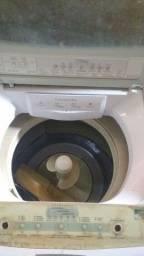 Máquina de lavar roupas pra tirar peças