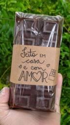 Barra de chocolate recheada de páscoa