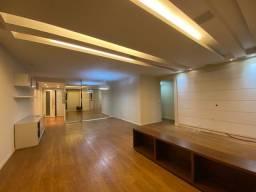 Título do anúncio: Apartamento para venda com 149 metros quadrados com 4 quartos em Icaraí - Niterói - RJ