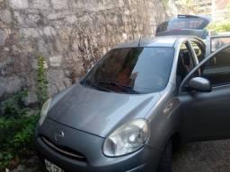 Título do anúncio: Vendo nissan march, carro muito novo!