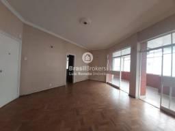 Título do anúncio: Apartamento à venda 4 quartos 1 suíte - Centro