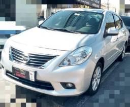 Nissan Versa SL 1.6 Flex Fuel - 2014