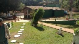 Vendo Excelente Chácara em Luziânia Goiás   1 hectare