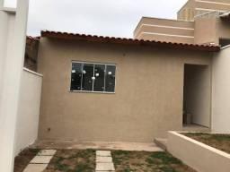 Casa com 2 dormitórios à venda, 70 m² por R$ 170.000 - Jatobá - Pouso Alegre/MG