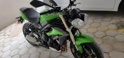Street triple 675 ABS 2014 - Financio via banco - 2014