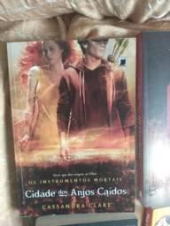 Livro Cidade dos Anjos Cassandra Clare