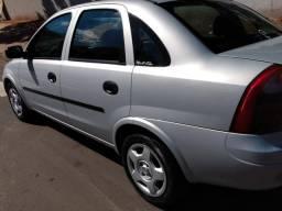 Corsa 1.0 sedan com ar cond - 2003
