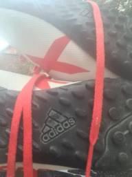 Chuteira society Adidas 39/40