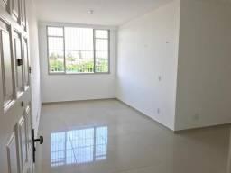 Apartamento no Bairro de Fátima, Ótima localização, Reformado