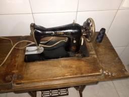 Máquina de Costura Antiga Singer Brother